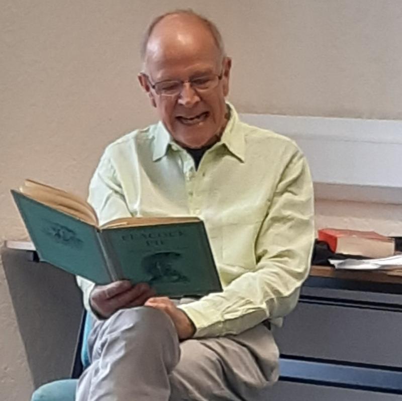 Richard Westcott reading poetry